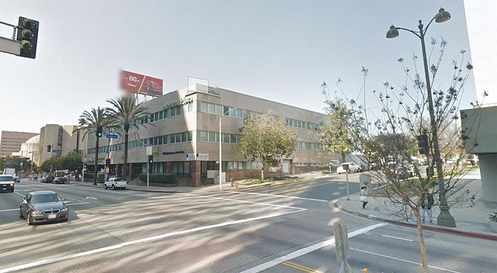 윌셔-아드모어 오피스건물, 206유닛 아파트 개조