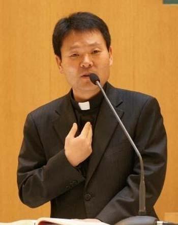 Image result for 황창연 신부, 사진